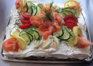 Smörgåstårta mit Lachs FB