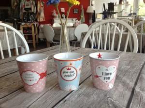 2015-05 Krasilnikoff Happy Mugs
